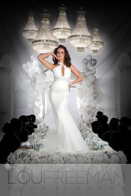© Lou Freeman for Joli Prom, hair and makeup Sav Woods and Paulina Halskova
